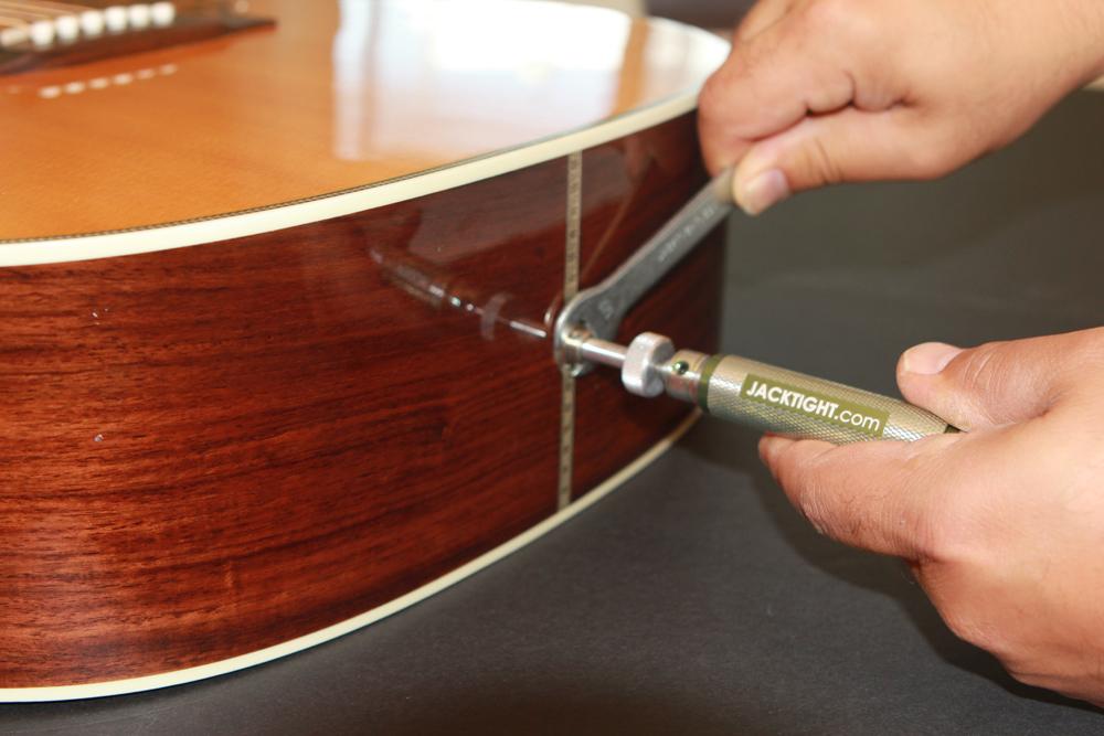 Guitar input jack repair